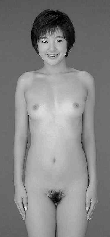 女子小中学生  全裸  正面直立 マジキチ】女ですが、小4~中3まで全裸で成長記録をつけられて ...