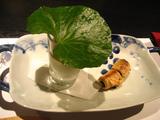 オクラの花の湯葉巻き焼きと枝豆チーズ寄せべっこうアンかけ