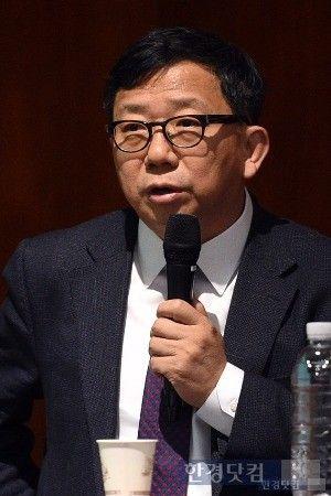 【韓国】 イ・ウォンドク教授「慰安婦合意は法的賠償など3項目を日本側がちゃんと履行するか見ながら対応すれば良い」