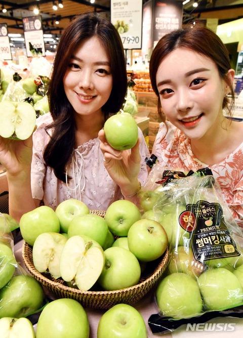 【韓国/リンゴ】日本の品種「つがる」の代替品種として浮上している韓国リンゴ「サマーキング」めしあがれ