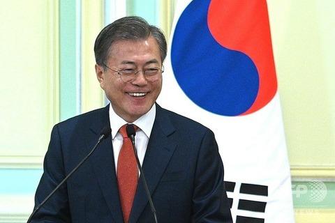 【スラマッソレ】文大統領、マレーシアでインドネシア語のあいさつ 韓国で「無能」と批判噴出、韓国外相が謝罪