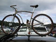 日産・サニーバンと自転車