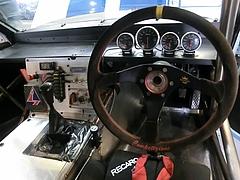 SSワークスelfレビン(AE86)運転席