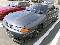 日産スカイラインGT-R(R32) 左前