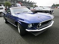 1969年式フォード・マスタング マッハ1右前