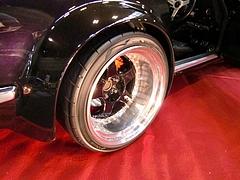 ロッキーオート フェアレディZ(S30)リヤタイヤ