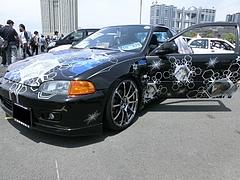痛車ホンダ・シビッククーペ(EJ1)左前