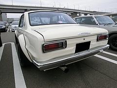 日産スカイライン(ハコスカ) KGC10左後ろ