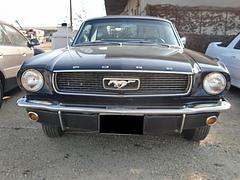 初代フォード マスタング前面
