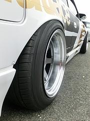 日産シルビア(S13)リアタイヤ
