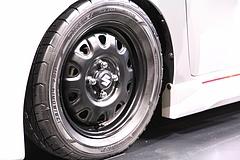 スズキ・ワゴンR RRコンセプト フロントタイヤ