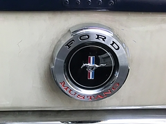 フォード・マスタング エンブレム