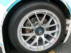 初音ミクStudie GLAD BMW・Z4リアタイヤ