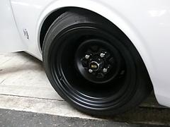 日産ローレルSGXフロントタイヤ