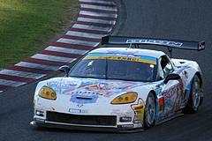 DIJON音々CALLAWAYワコーズEDキャラウェイ・コルベットZ06R GT3鈴鹿S字コーナー�