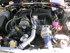 HKS86(ZN6)エンジンルーム