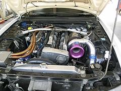 日産スカイラインGT-R(BCNR33)エンジンルーム
