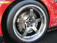 MCR日産GT-R(R35)フロントタイヤ