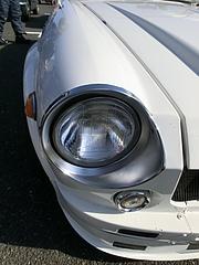 ダットサン・フェアレディ2000ヘッドライト