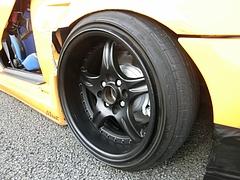 ホンダ・シビッククーペ(EJ1)フロントタイヤ