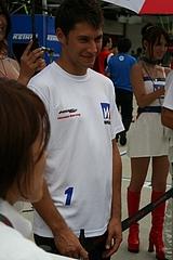 ウィダーHSV-010ロイック・デュバル選手