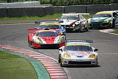 DIJON音々CALLAWAYワコーズEDキャラウェイ・コルベットZ06R GT3鈴鹿最終コーナー�