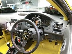 ホンダ・シビック タイプR(EK9)車内