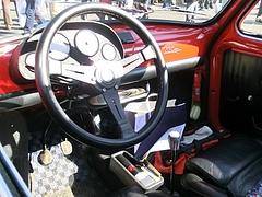ジャンニーニ590GTコルサ車内