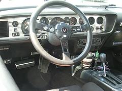 ポンティアック・ファイヤーバード トランザムSD-455運転席