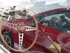 ジャガーEタイプクーペ車内