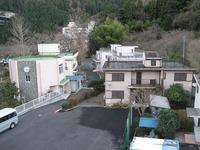 SOS-管理棟屋上から各家(東京)