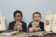 お金と子育て論! 貯金習慣を学ばせるためには?
