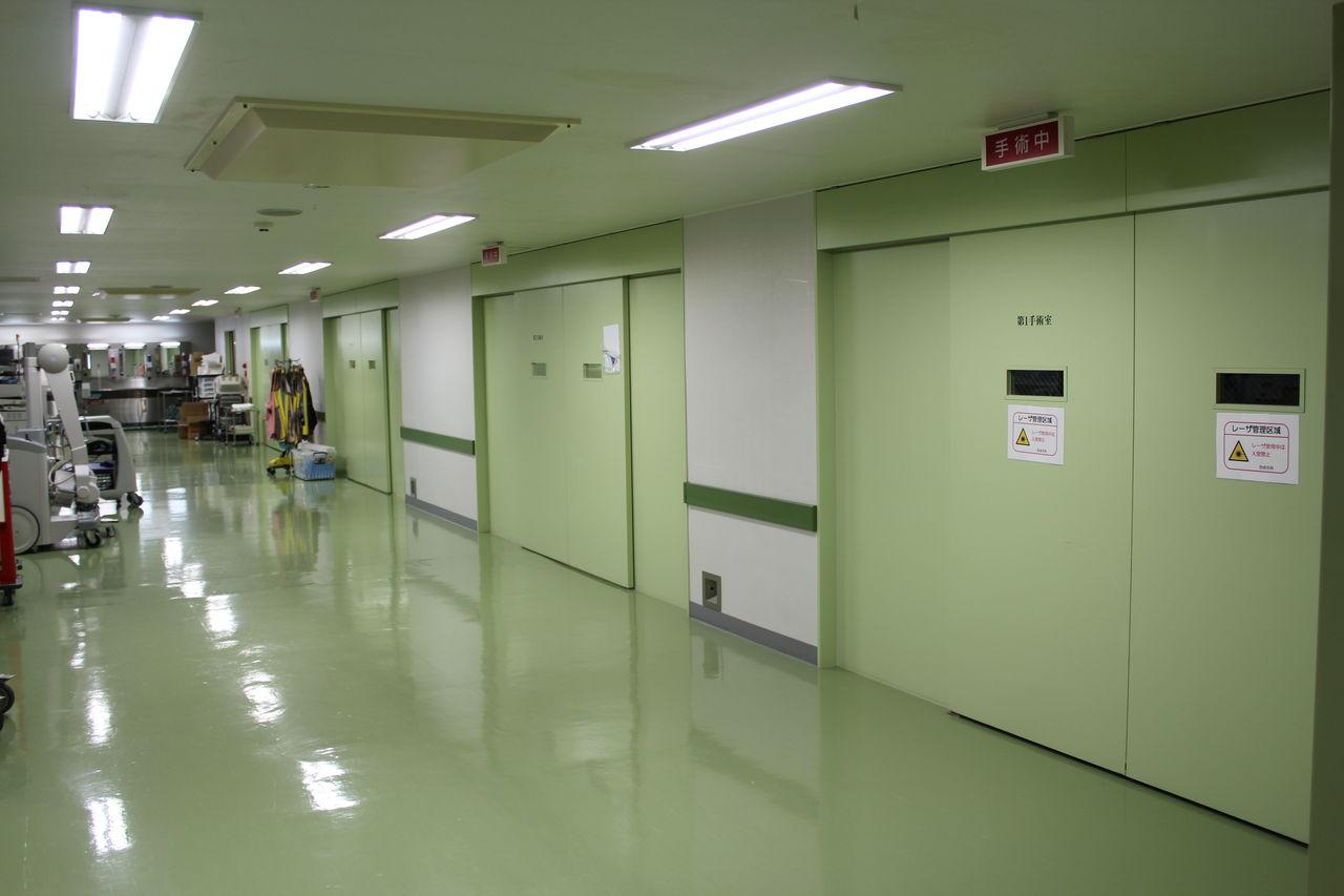 IMG_3530 手術の主な診療科は、外科、整形外科、脳神経外科、心臓外科、形成外科、泌尿...