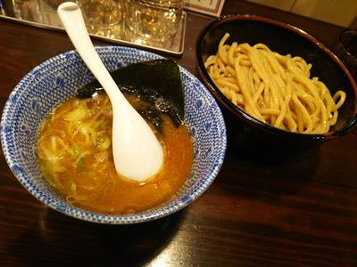 つけ麺750円