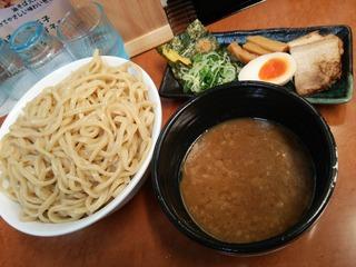 超濃厚魚介とんこつつけ麺