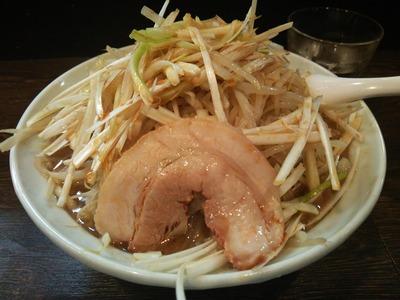 ねぎそば(750円)+ゆで玉子(80円)