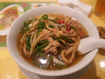 青椒肉絲あんかけ麺
