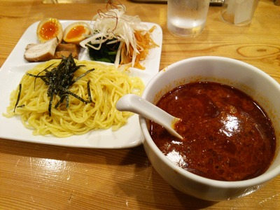麻辣担担つけ麺(1050円)