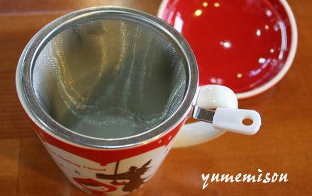 赤ずきんちゃんのカップの中