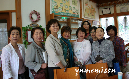 富山県農村女性スキルアップ講座の受講生の方々がご来店