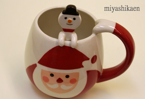 サンタクロースの可愛いティーカップ