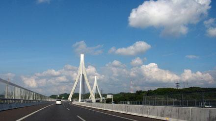 東海環状自動車道のブリッジ