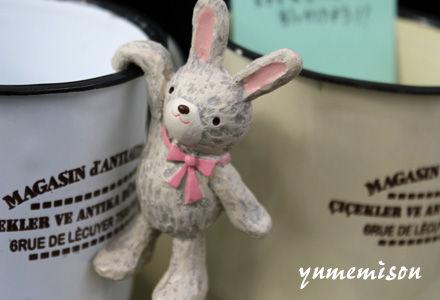 ウサギの引っかけマスコット