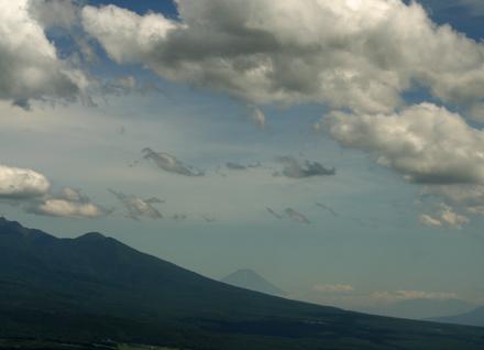 車窓から富士山をパチリ
