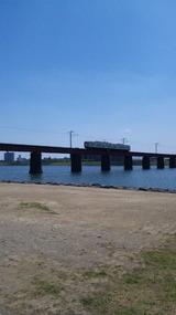 大淀川と日南線。