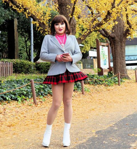 ミニスカート10/外苑いちょう並木