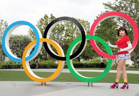 外苑散策2/オリンピック博物館前