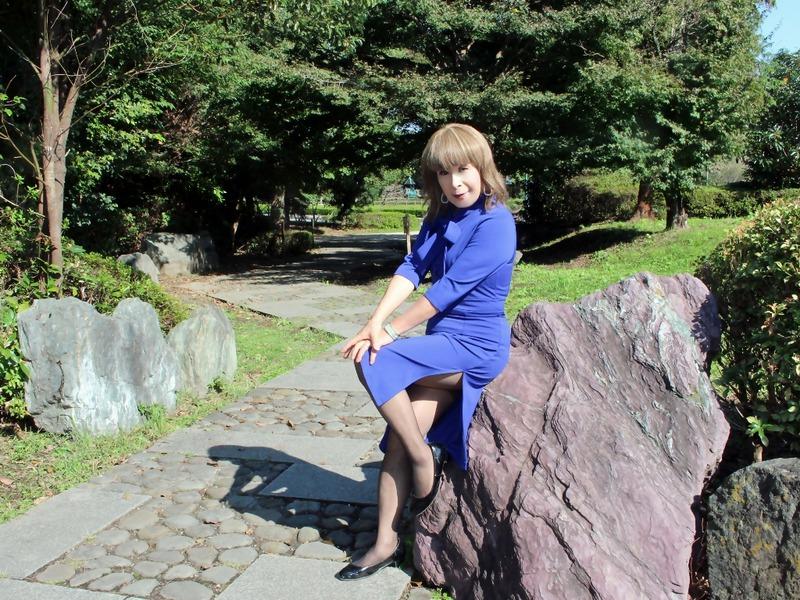 青リボンタイワンピースC(4)