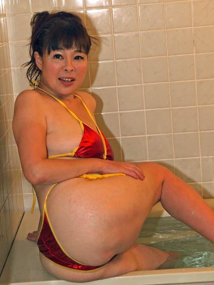 ted-bikini