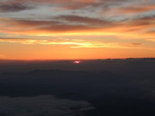富士山7合目からのご来光